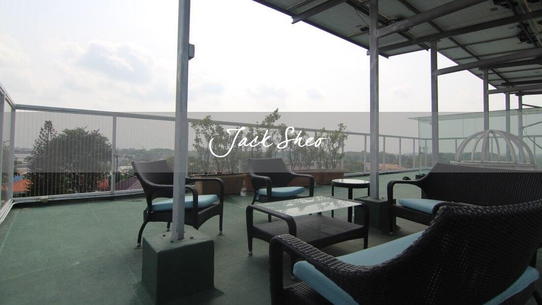 Lengkok Mariam - roof terrace
