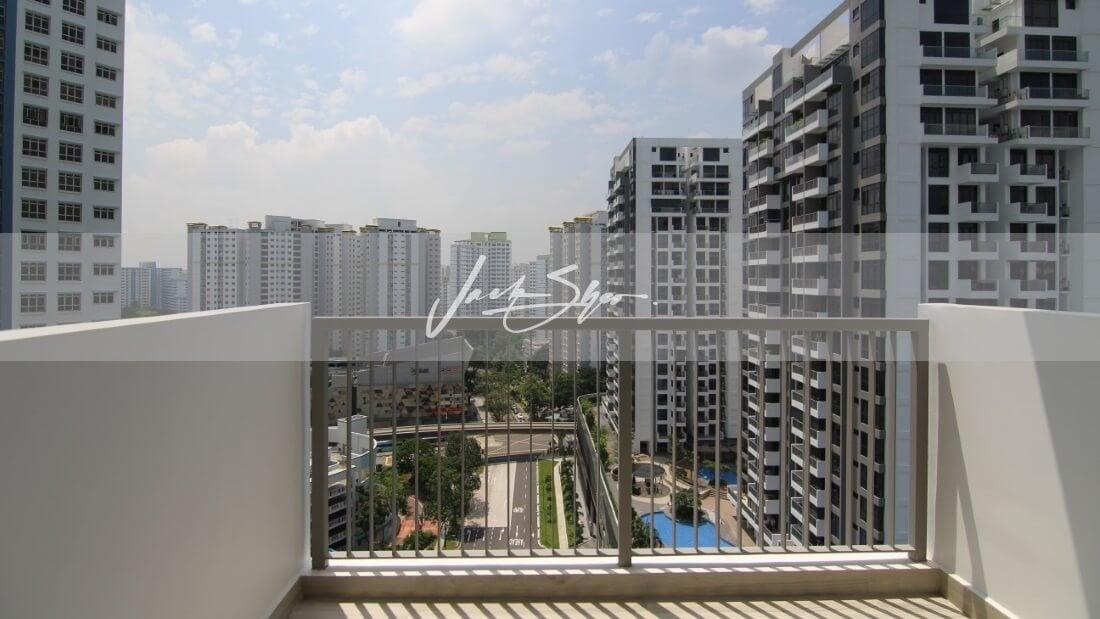 Hillion Residences - balcony