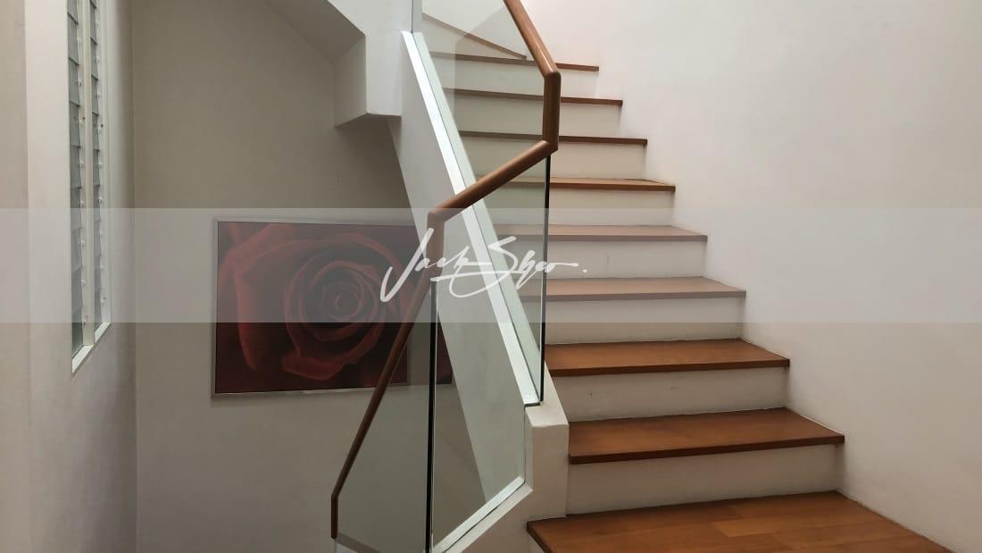 Watten Estate - stairs