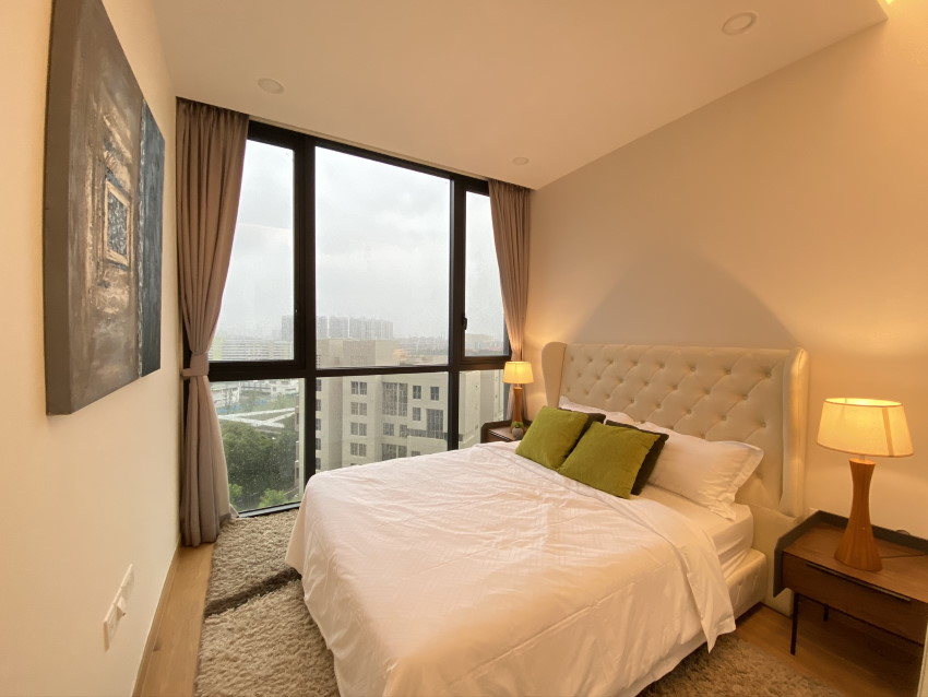 Expats Furniture Rental - bedroom lamps